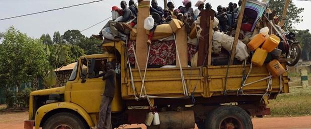 güney afrika kamyon kaza060717.jpg