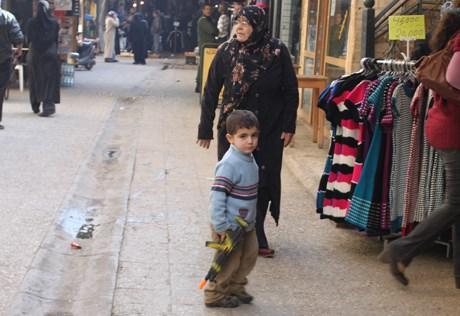 Lübnan'da çocukların en popüler oyuncağı silahlar. Ülkede yasal ya da yasadışı silah kullanımı çok fazla.