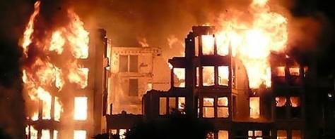 Otelde yangın: 29 ölü