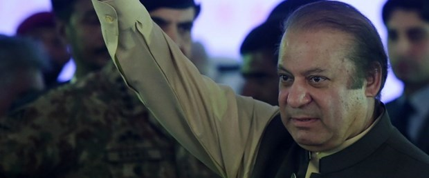 pakistan navaz şerif yolsuzluk200417.jpg