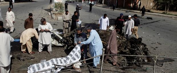 pakistan bombalı saldırı 230617.JPG