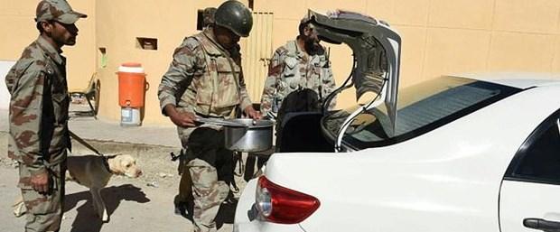 pakistan intihar saldırı051017.jpg