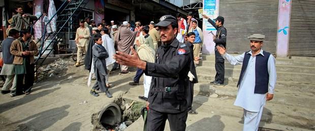 Pakistan'da intihar saldırısı: 31 ölü