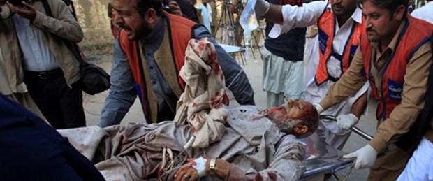Pakistan'da intihar saldırısı: 50 ölü