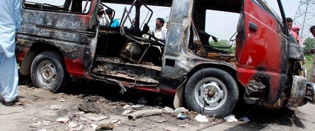 Pakistan'da otobüs faciası