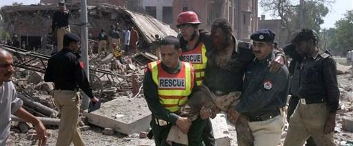 Pakistan'da terörist saldırı: 30 ölü
