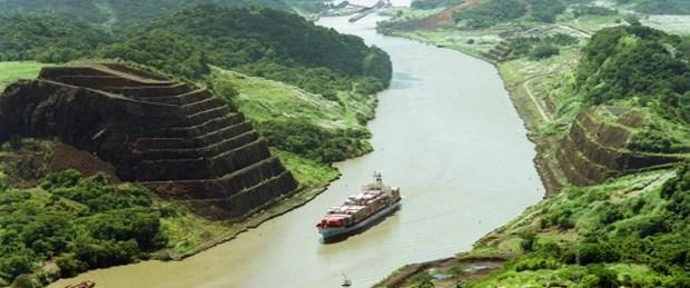 Panama Kanalı, yağmurdan kapandı