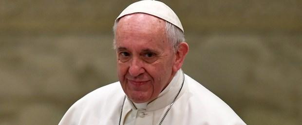 papa francis hitler trump270117.jpg