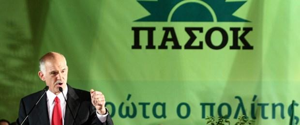 Papandreu hükümeti kurma görevini aldı