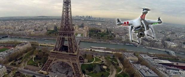 drone-paris-24-02-15