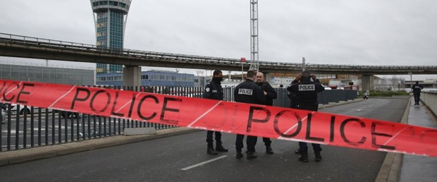 fransa savcı polis200317.jpg