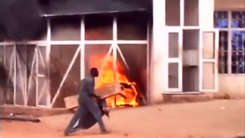 Petrol isyanı: 27 ölü