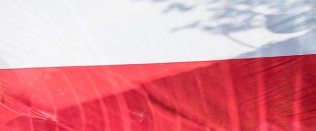polonya sovyetler varşova080219.jpg