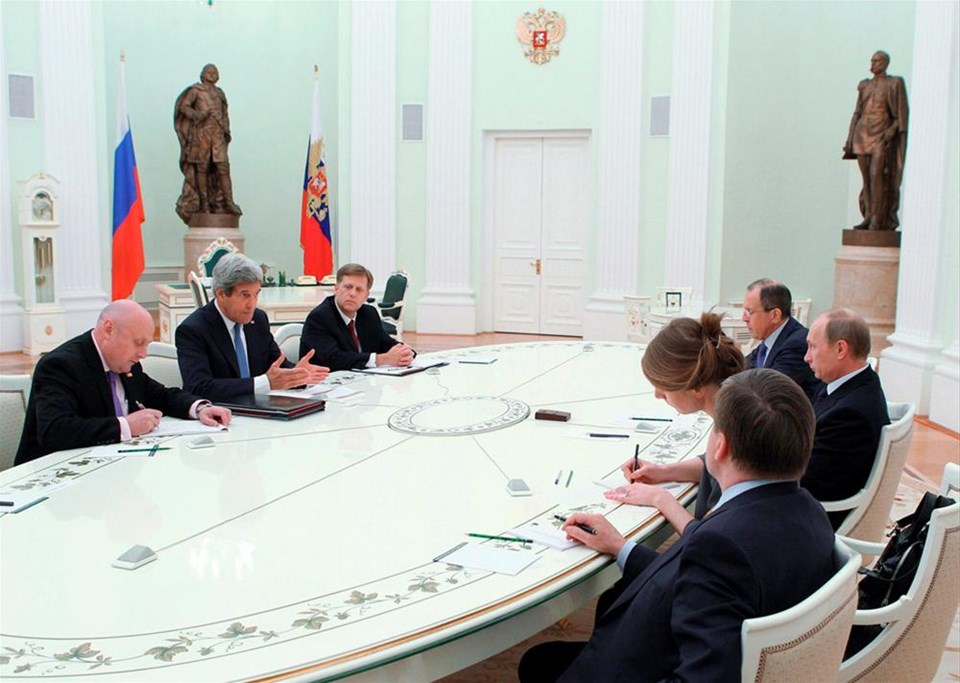 Putin ABD'yi bekletti