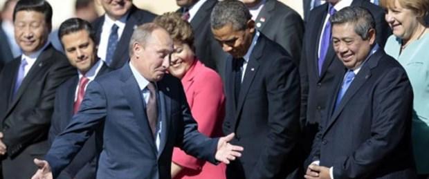Putin de G-20'de hediyelik eşyayla dinledi