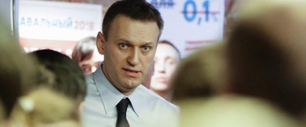 navalny rusya mahkeme putin080217.jpg