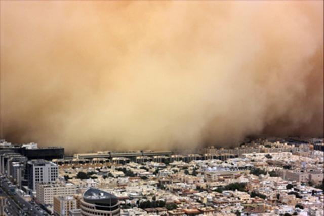Riyad'da kum fırtınası
