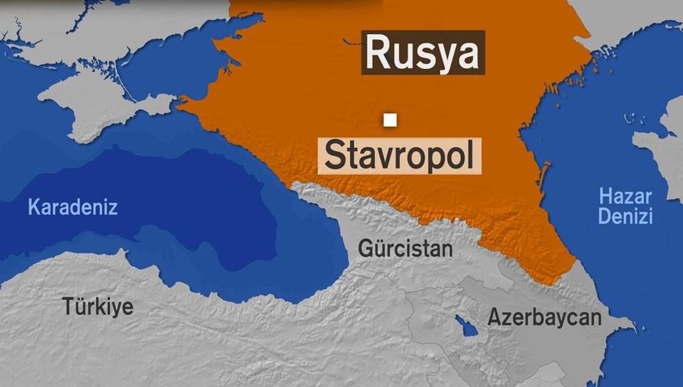 Rusya'da üç intihar bombacısı Stavropol'daki polis merkezini hedef aldı.