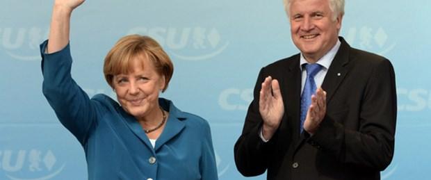Seçim provası Merkel'in