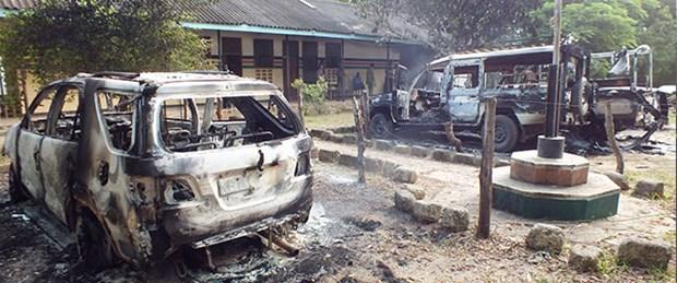 Silahlı militanlar kenti bastı: 48 ölü