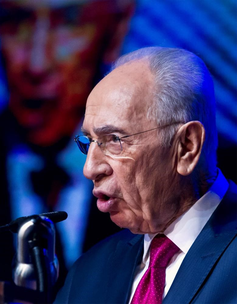 Şimon Peres 90 oldu