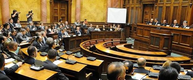 sırbistan meclis