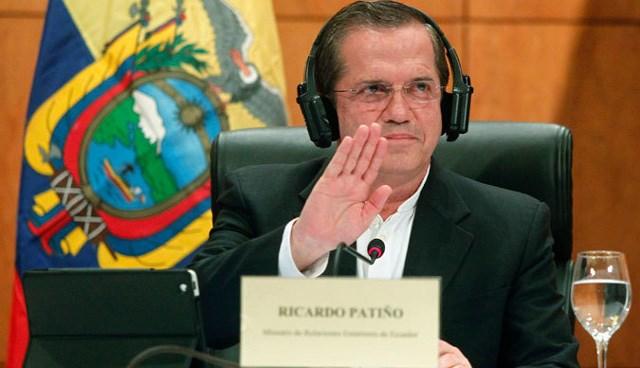 Ekvador Dışişleri Bakanı Patino, Snowden'ın nerede olduğunu bilmediğini söyledi.