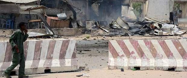 Somali'de başkanlık sarayına saldırı