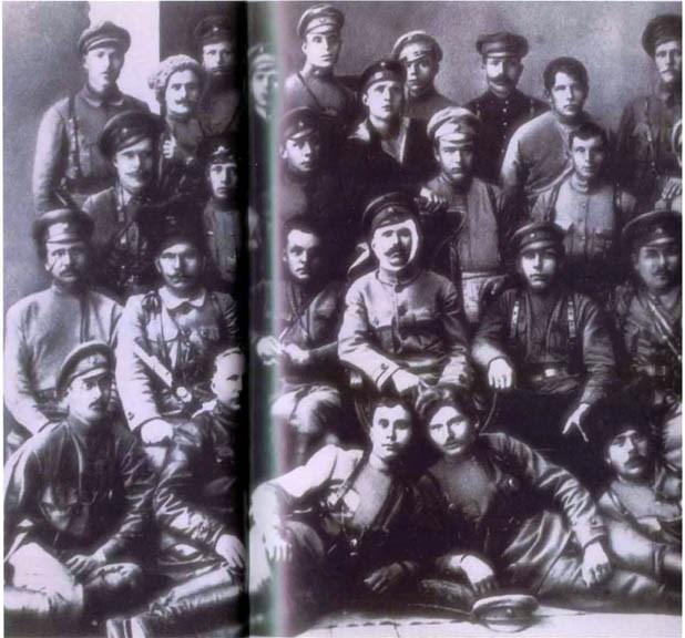 Stalin'in sansürlediği fotoğraflar