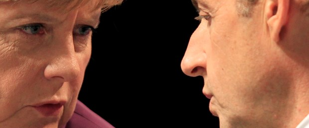 Strasbourg'da Sarkozy-Merkel-Monti zirvesi