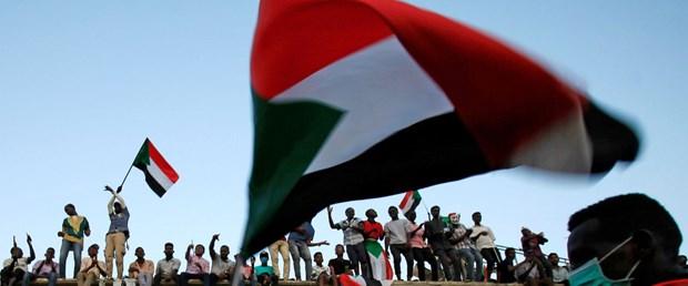 2019-05-02T202151Z_217995481_RC14AB0963D0_RTRMADP_3_SUDAN-POLITICS.JPG