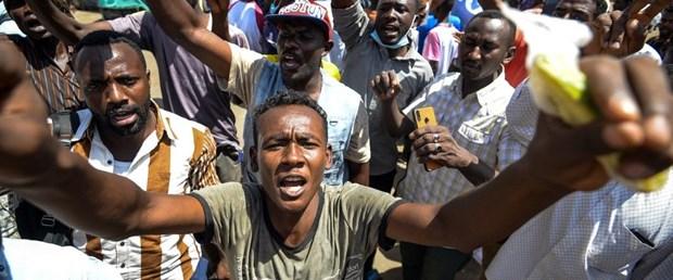 sudan afrika gösteri140519.jpg