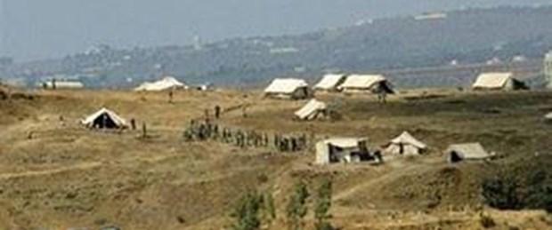 Suriye askerleri Lübnan'a girdi