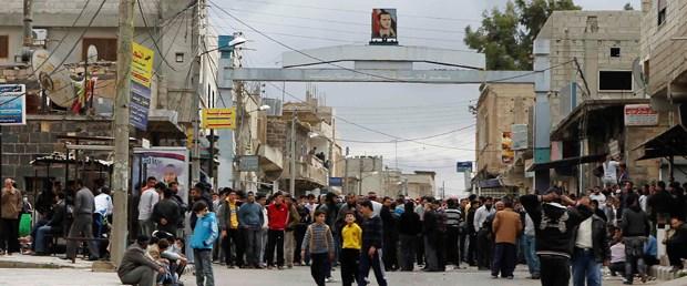 Suriye'de kanlı gösteriler büyüyor