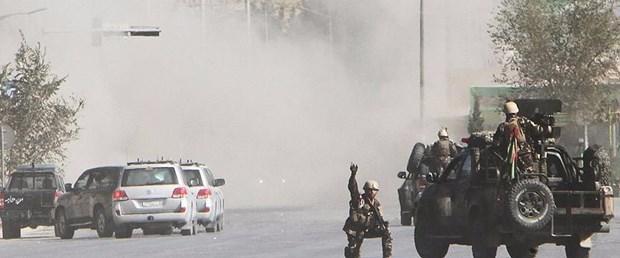 afganistan güvenlik polis asker.jpg