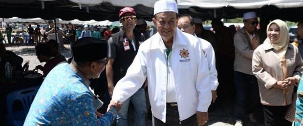 tayland müslüman başbakan aday140219.jpg