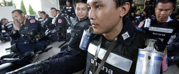 Tayland'da olağanüstü hal ilan edildi