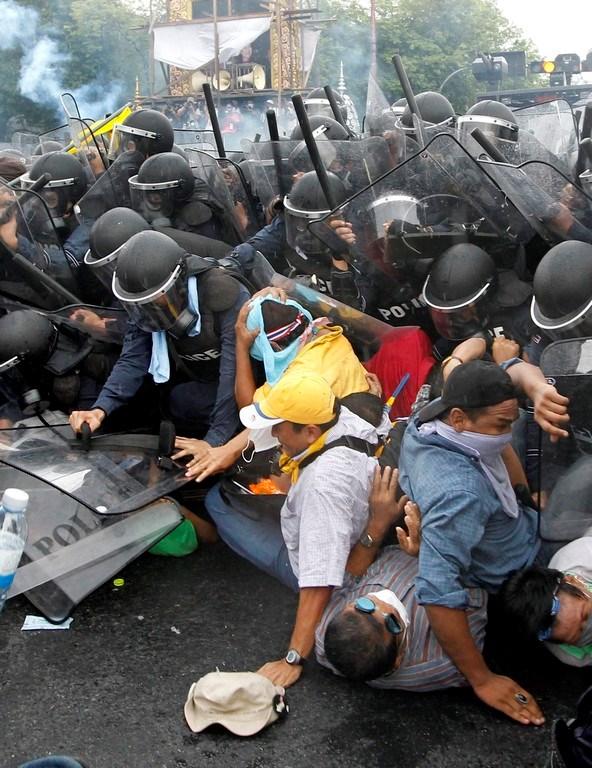 Taylandlıların Başbakan öfkesi
