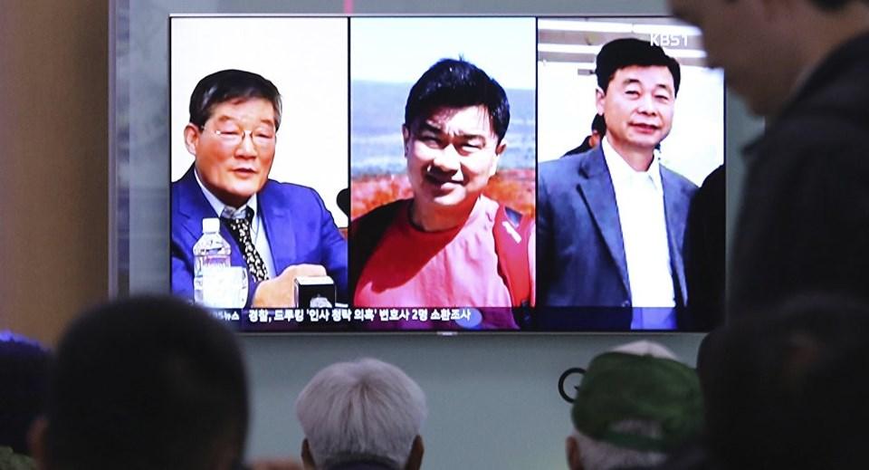 ABD Başkanı Trump, Kuzey Kore'nin tutuklu üç ABD'liyi serbest bıraktığını açıkladı.
