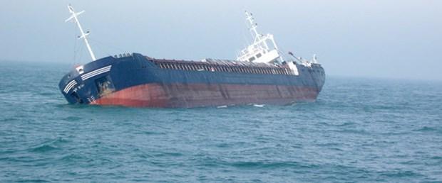 italya-gemi-turk-denizci220115