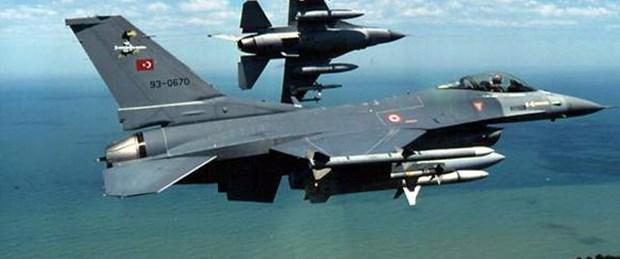 Türk F-16'lardan Rus jetlerine yakın takip
