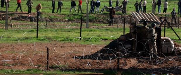 Türkiye sınırında hava saldırısı: 5 ölü