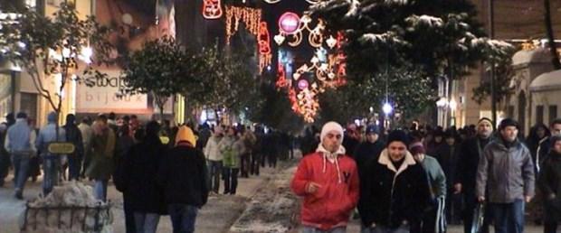 Türkler dışarıya 'daha olumlu bakıyor'