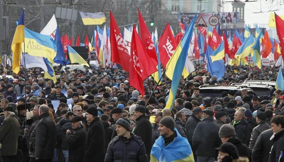 Ukrayna'da 'Avrupa Birliği' gerginliği