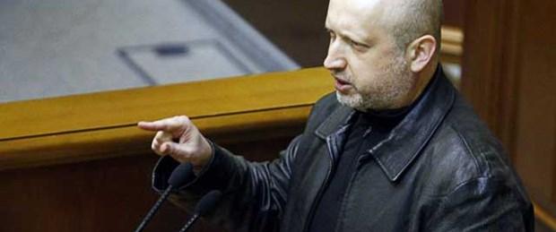 Ukrayna'da devlet başkanı yetkileri Turçinov'un