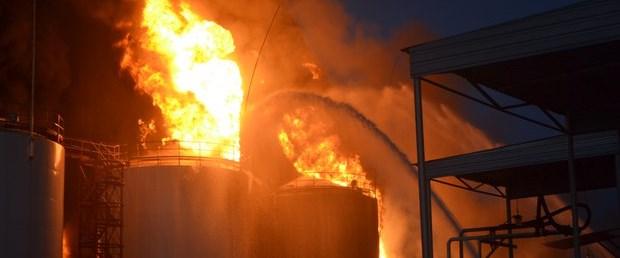 ukraine-yakıt-depo090615.jpg