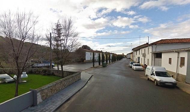 Köyde yaşayan 80 kişi bir anda 210 milyon dolarlık servetin sahibi oldu.