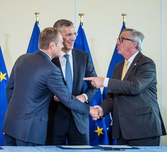 NATO Devlet ve Hükümet Başkanları Zirvesi kapsamında, AB-NATO Ortak Deklarasyon imzalandı.