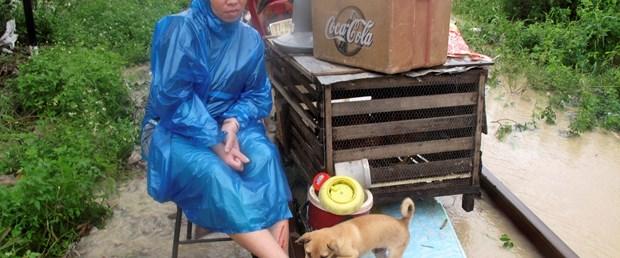 Vietnam tayfunla boğuşuyor