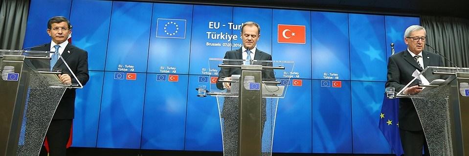 Başbakan Davutoğlu-AB Konseyi Başkanı Tusk-Komisyon Başkanı Juncker